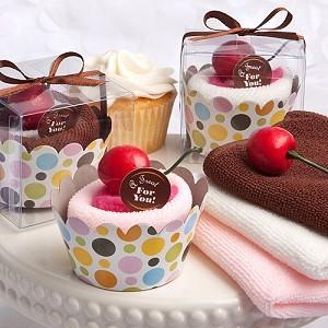"""""""Cupcake"""" med kirseb�r"""